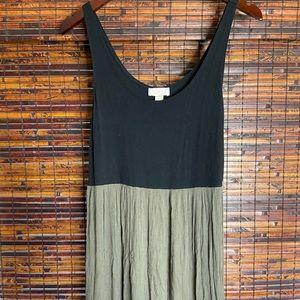 Black & Army Green Loft Maxi Dress